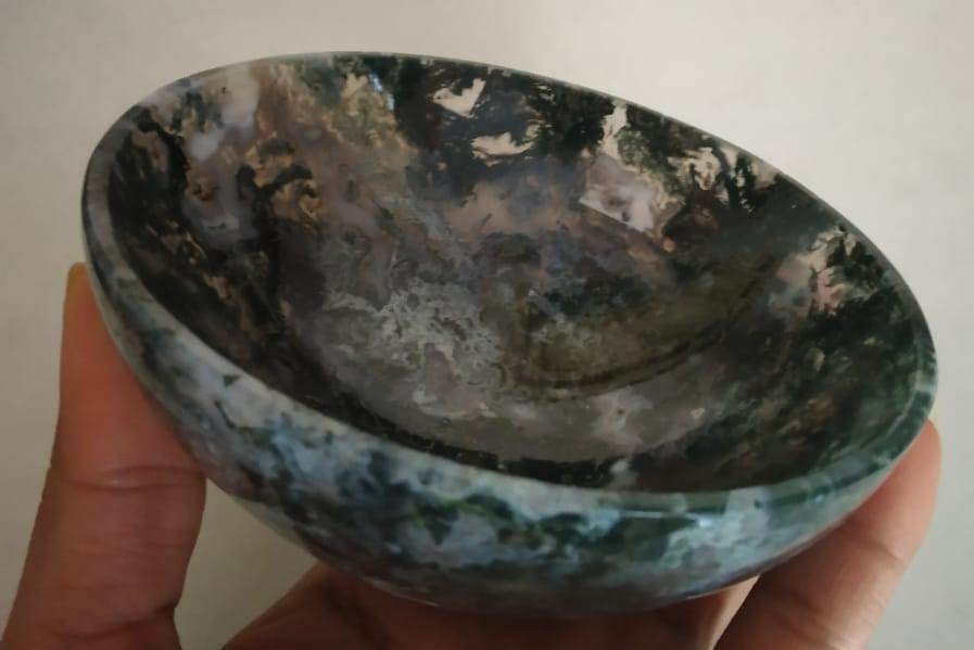 #Natural Green Moss Agate Hand Made Bowl Carving 4 inch diameter-1230 ct