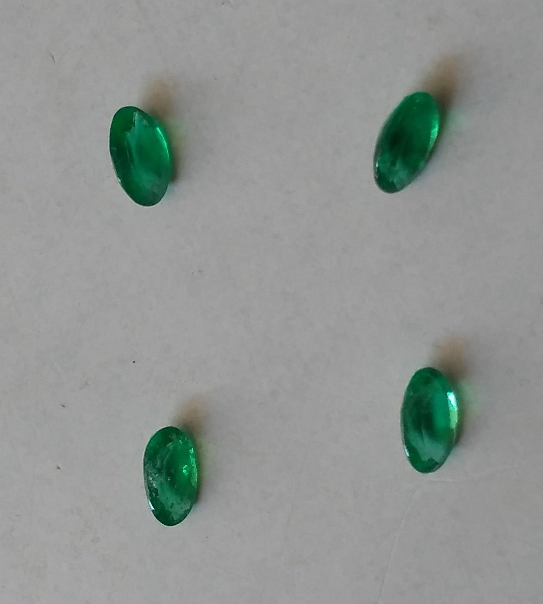 Natural Emerald Pair  4pieces total weight - 0.70 Carat