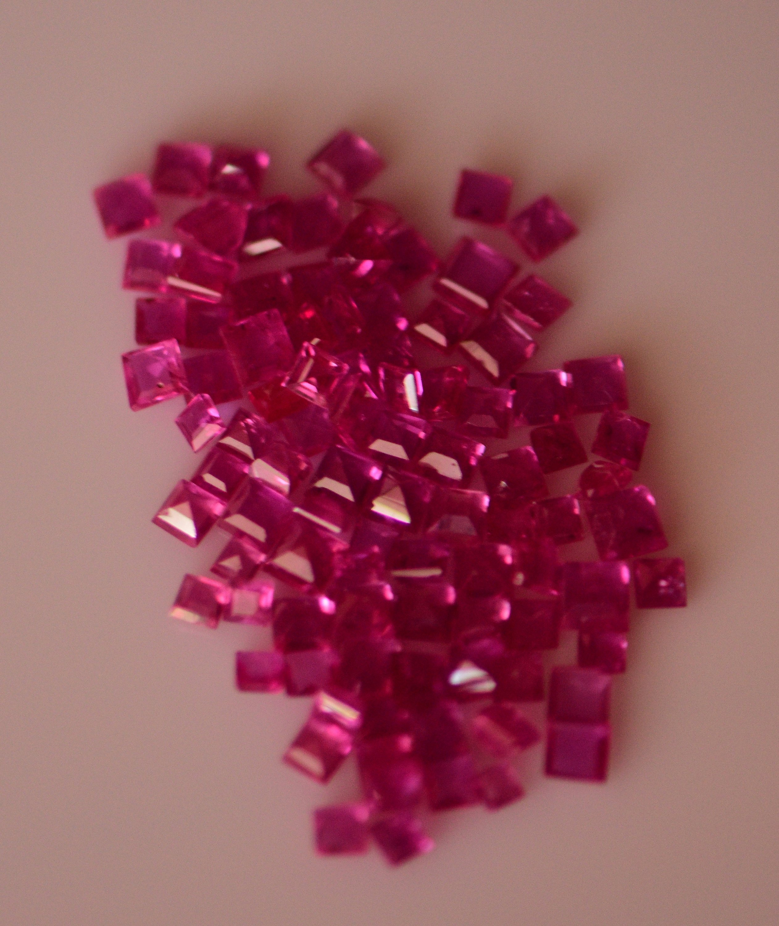 #Natural heated ruby Melee -13.90 carat total  weight