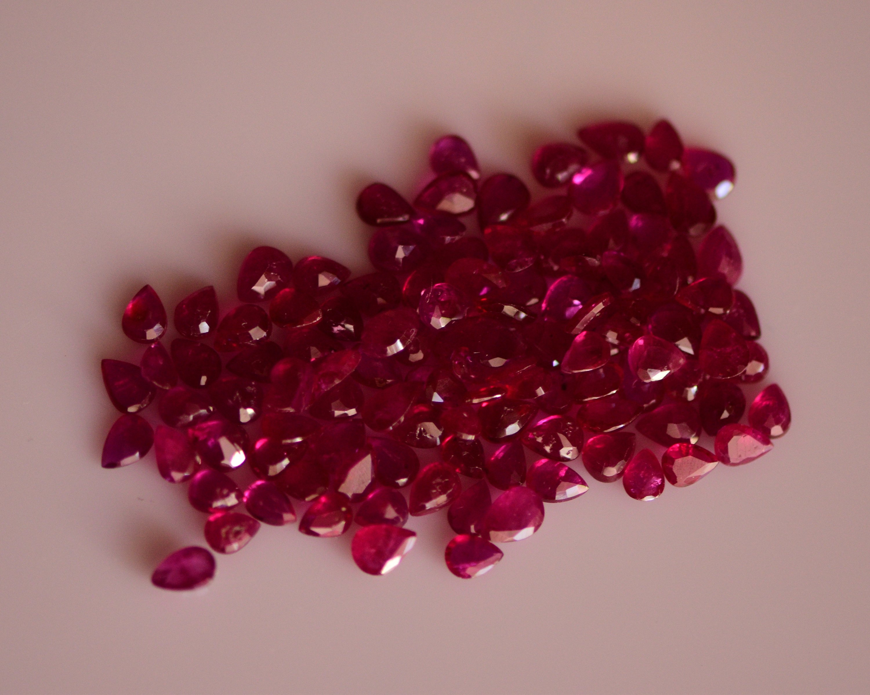 #Natural heated ruby Melee -114 pieces- 20.60carat total  weight