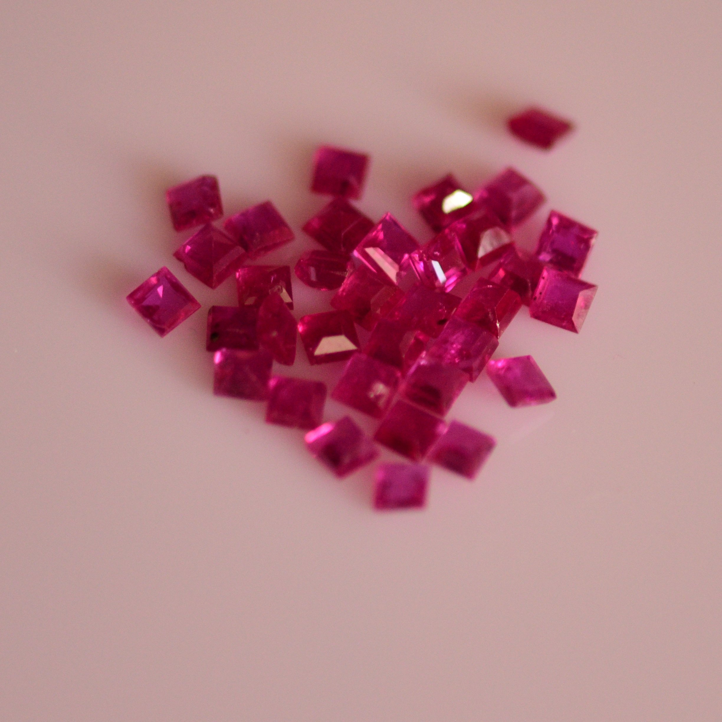 #Natural heated ruby Melee -34 pieces- 5.25 carat total  weight