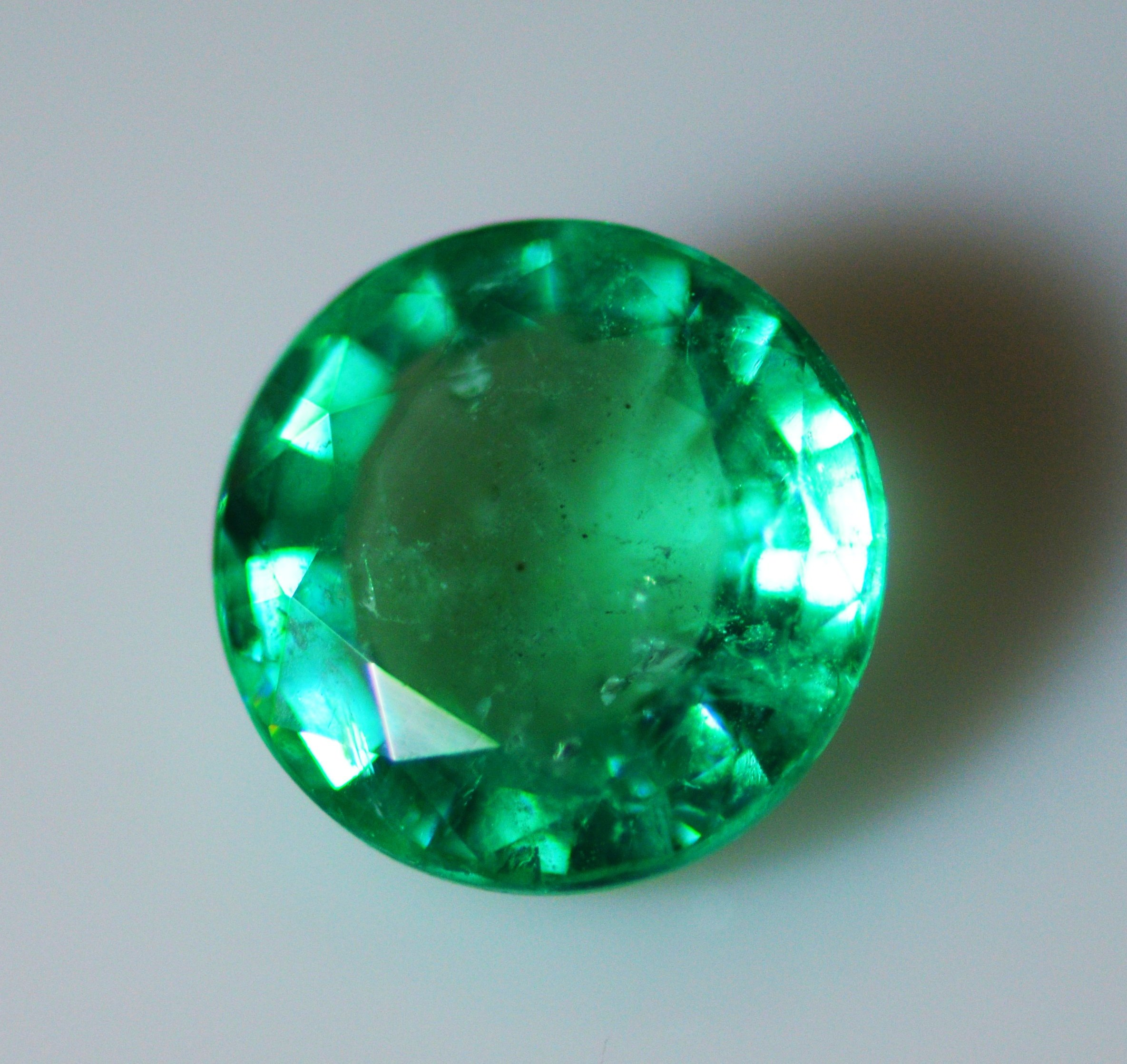 #IGI Certified Natural3round Emeralds 2.46+3.18+3.56 =total weight 9.20carat