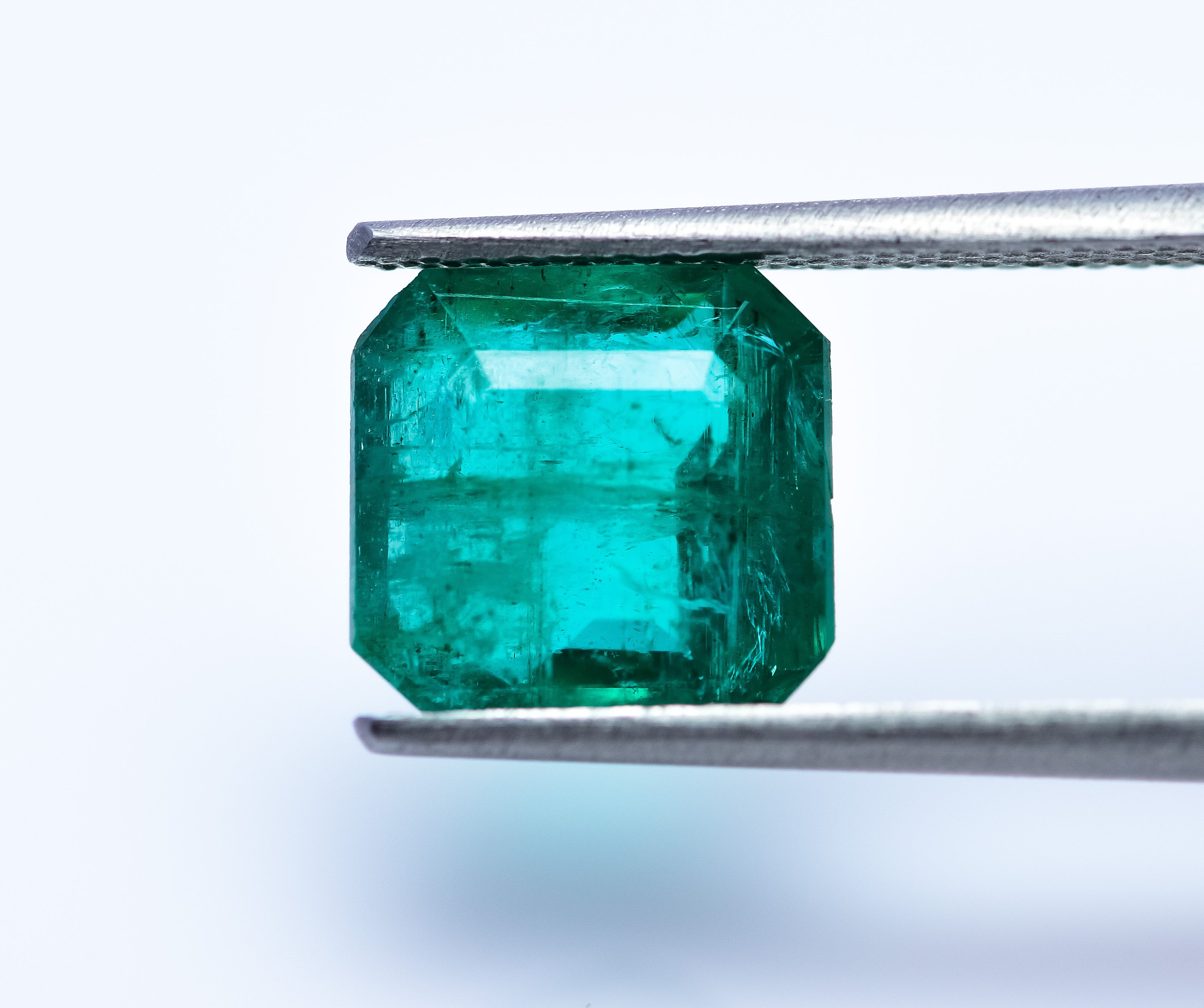#3.16 ct IGI Certified Natural Green Emerald Loose Gemstone oil only