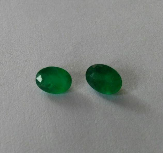 #Natural Emerald pair - 2.35 carat