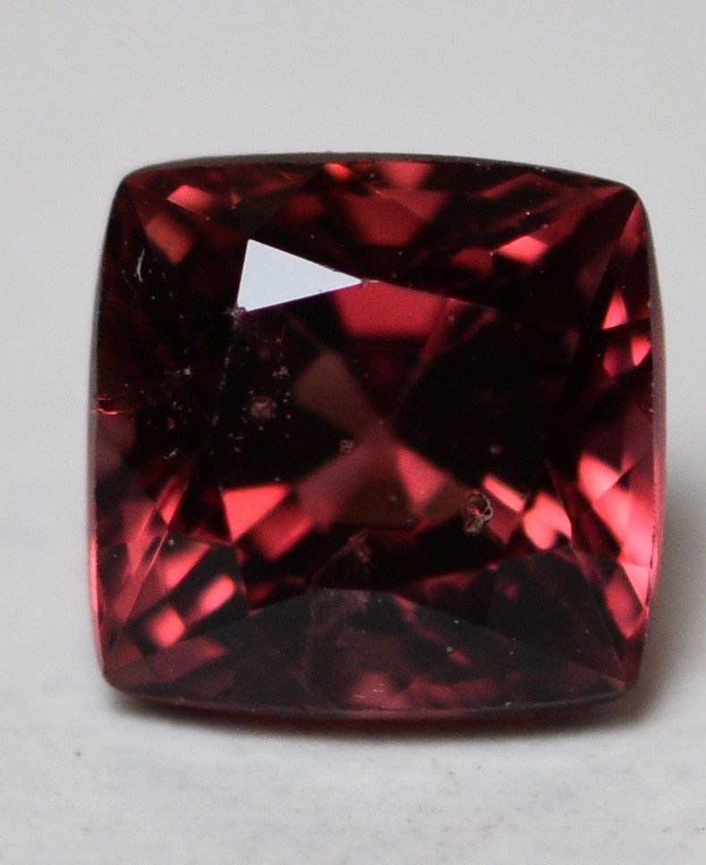#Natural spinel -0.90 ct