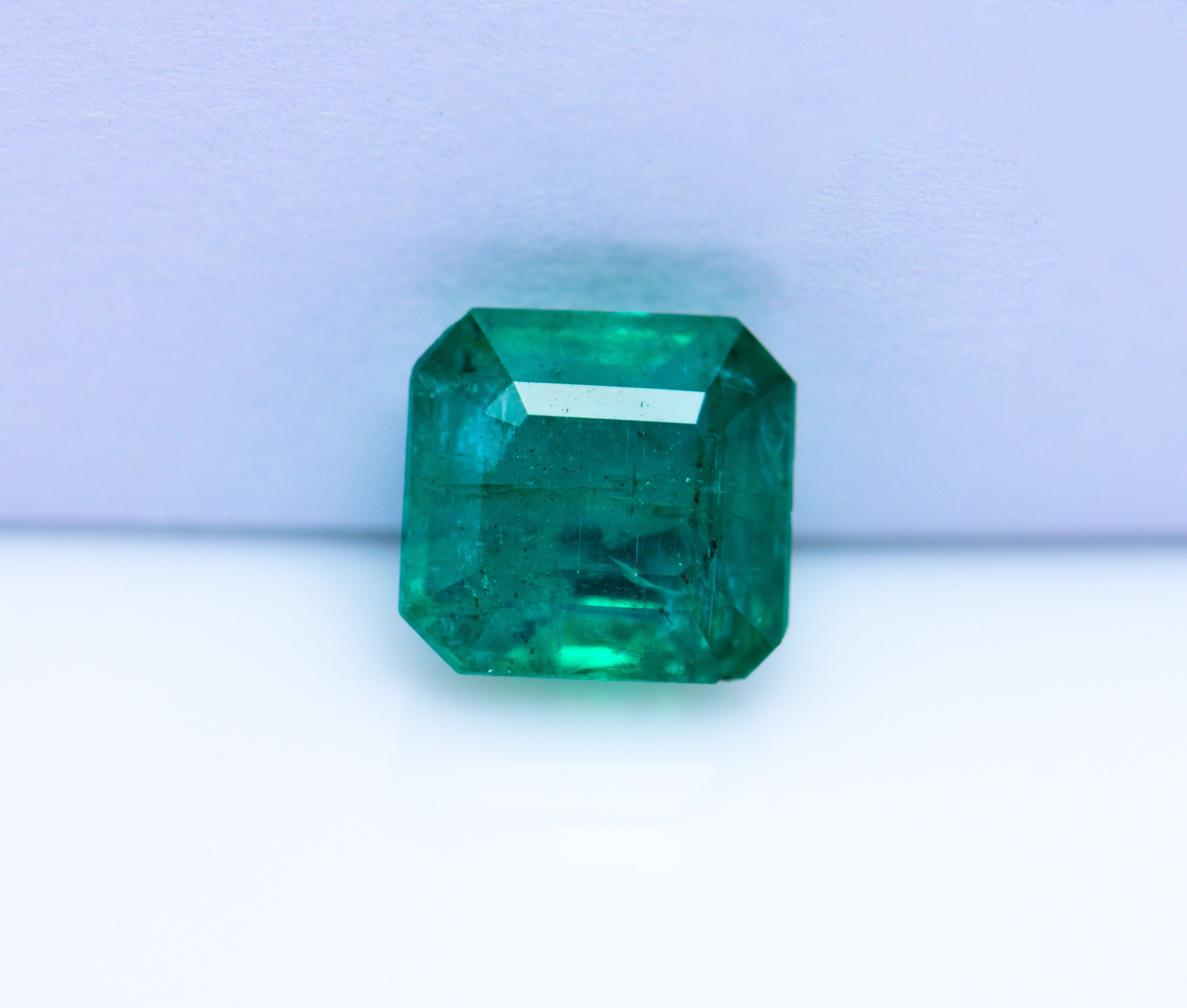 3.16 ct IGI Certified Natural Green Emerald Loose Gemstone oil only